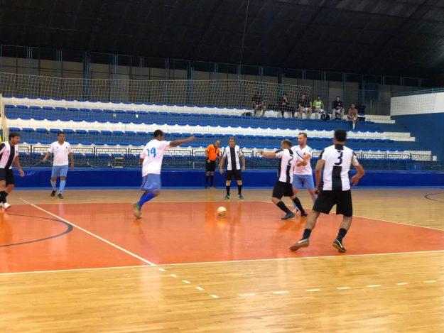 7b338ed292 Futsal Master – Zaragoza vence o líder e deixa de ser a galinha morta da  competição